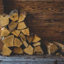 wood-1884339_1920